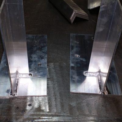 Výroba hliníkové konzoly pre hliníkové balkónové systémy