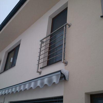 Výroba exteriérového zábradlia na Francúzsky balkón 01